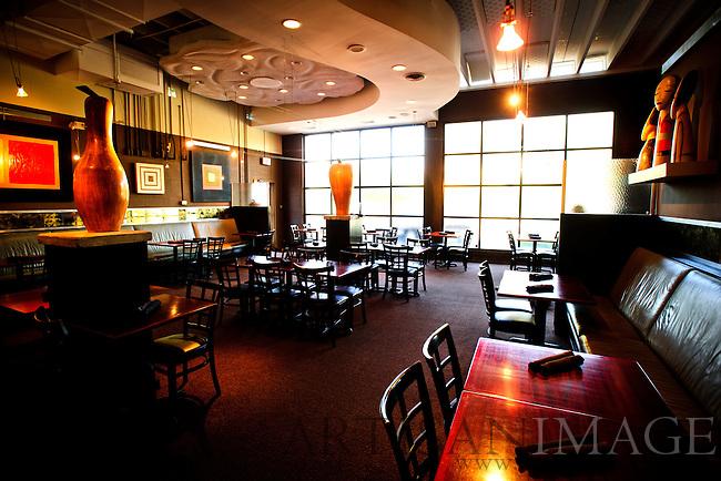 1618 Seafood Grill dinning room. (Photo/Artisan Image, Inc.)