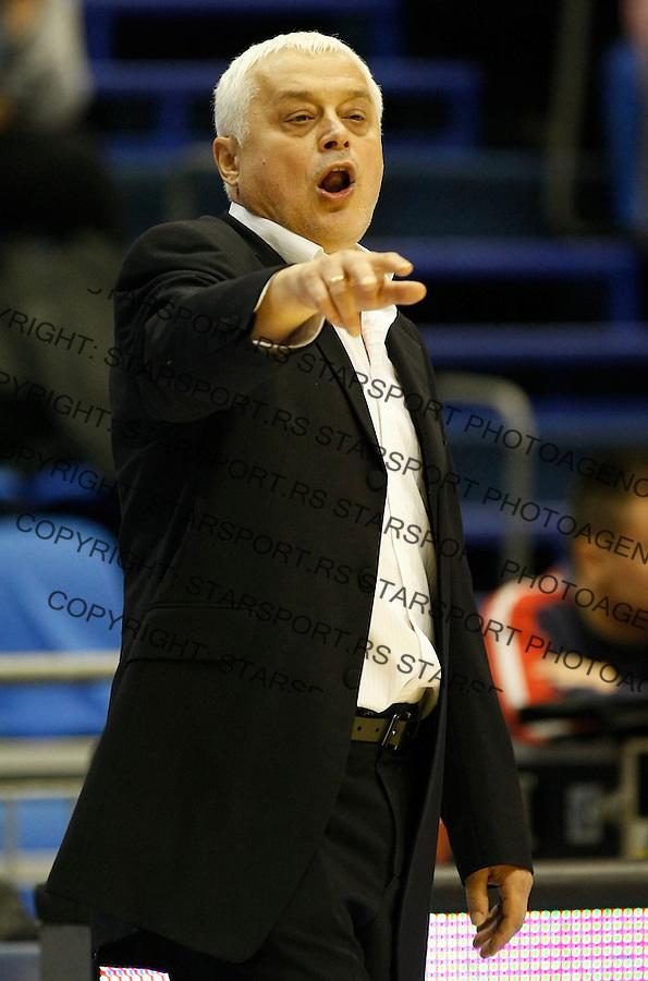 Kosarka, NLB League, season 2010/2011.Crvena Zvezda Vs. Radnicki (Kragujevac).Head coach Miroslav Nikolic.Belgrade, 16.10.2010..foto: Srdjan Stevanovic/Starsportphoto ©