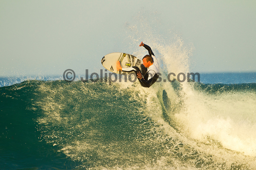 Jeffreys Bay, Eastern Cape, South Africa. Thursday July 21 2011. Taj Burrow (AUS). Freesurfing at Boneyards in 2'-4' clean south easterly swell.  Photo: joliphotos.com