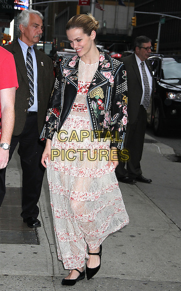 NEW YORK, NY - MAY 24:  Brooklyn Decker arrives at 'The Late Show with Stephen Colbert' to promote the Netflix series 'Grace and Frankie' in New York, New York on May 24, 2016.  <br /> CAP/MPI/RMP<br /> &copy;RMP/MPI/Capital Pictures