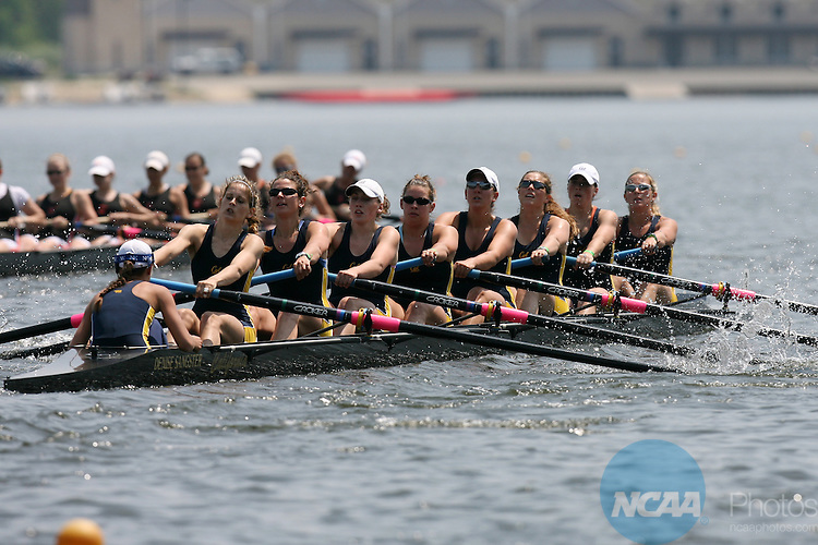 28 MAY 2006:  The University of California crew team rows to a second place in the Varsity 8 Grand final of the Division I Women?s Rowing Championship held at Mercer Lake in West Windsor, NJ.  Jeff Zelevansky/NCAA Photos.
