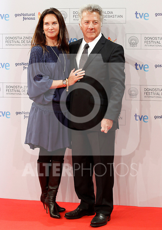 Dustin Hoffman (r) and his wifeLisa Gottsegen Hoffman attend the photocall before Special 60th Donisti Award gala during the 60th San Sebastian Donostia International Film Festival - Zinemaldia.September 29,2012.(ALTERPHOTOS/ALFAQUI/Acero)