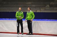 SCHAATSEN: HEERENVEEN: Thialf, 25-06-2012, Zomerijs, TVM schaatsploeg, trainer Gerard Kemkers, assistent-trainer Rutger Tijssen, ©foto Martin de Jong