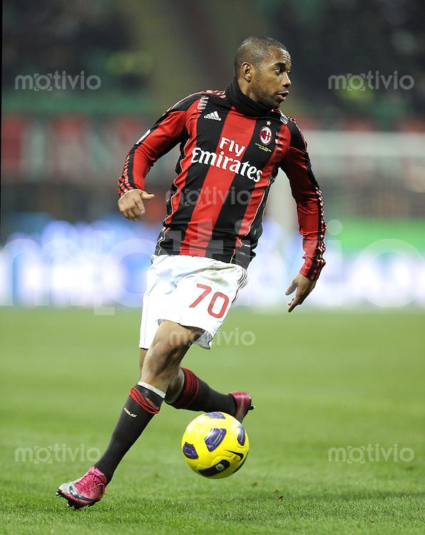 FUSSBALL INTERNATIONAL   SERIE A   SAISON 2010/2011    AC Mailand - Brescia     04.12.2010 Robinho (AC Mailand)