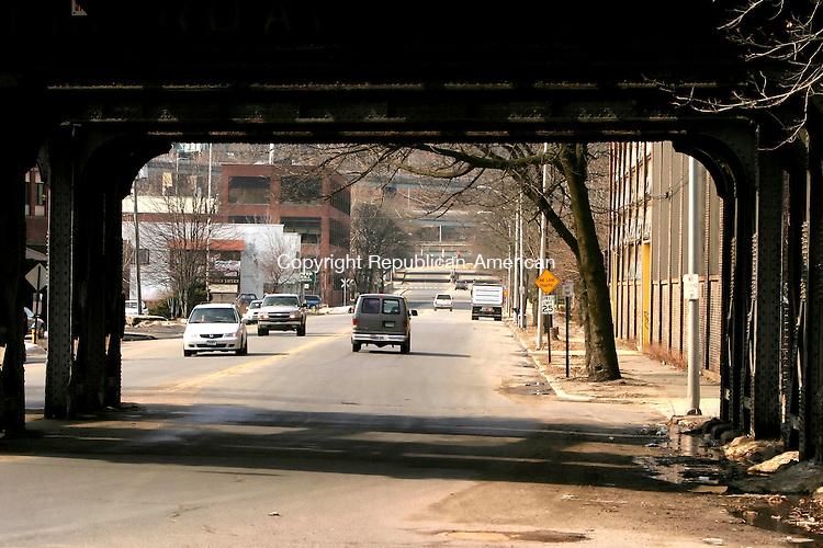 WATERBURY, CT--30 MARCH 2007--033007JS01- Freight Street in Waterbury.<br /> Jim Shannon / Republican-American