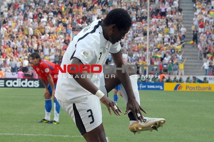 FIFA WM 2006 -  Gruppe E Vorrunde ( Group E )<br /> Play     #26 (17-Jun) - Tschechien - Ghana<br /> <br /> Jubel des Torschuetzen zum 0-1 Asamoah Gyan (GHA)<br /> <br /> Foto &copy; nordphoto