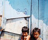 KOS / Kosovo /Mitrovica / 01.07.2009 / Kinder im Lager von Cesmin Lug in Mitrovica