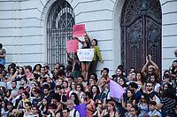 RIO DE JANEIRO, RJ, 03.09.2018 - PROTESTO-RJ - Protesto em Luto pelo incêndio no Museu Nacional do Rio de Janeiro no centro do RIo de Janeiro (Foto: Vanessa Ataliba/Brazil Photo Press)