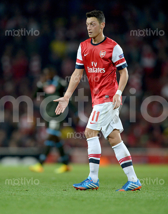 FUSSBALL   CHAMPIONS LEAGUE   VORRUNDE     SAISON 2013/2014    Arsenal London - SSC Neapel   01.10.2013 Mesut Oezil (Arsenal)