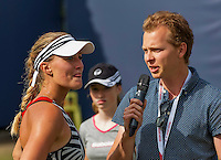 Den Bosch, Netherlands, 10 June, 2016, Tennis, Ricoh Open, Kristina Mladenovic (FRA) is being interview by starreporter Abe Kuil<br /> Photo: Henk Koster/tennisimages.com