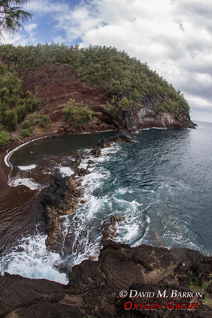 Red Sand Beach, Kaihalulu Beach