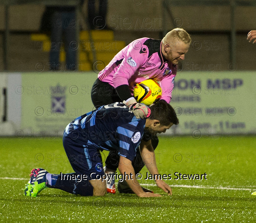 Stirling keeper Callum Reidford reacts to Forfar's Dale Hilson challenge.