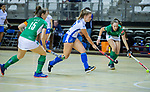 Almere - Zaalhockey Kampong-Push . Mabel Brands (Kam) met Voss .   COPYRIGHT KOEN SUYK