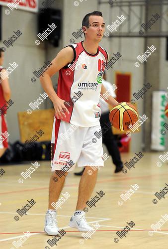 2011-08-18 / Basketbal / seizoen 2011-2012 / Red Vic / Steve Hessens..Foto: Mpics