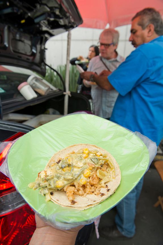 Cajuelero tacos. Food trucks, Mexico DF