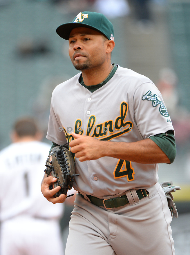 Oakland A's Coco Crisp (4) during a game against the Chicago White Sox on September 11, 2014 at US Cellular Field in Chicago, IL. The Sox beat the A's 1-0.