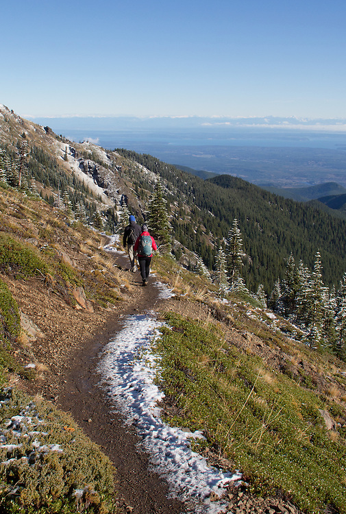 Olympic Mountains, Mount Townsend trail, hikers, Mount Townsend, Olympic National Park, Olympic Peninsula, Washington State, Pacific Northwest, United States, North America, autumn,