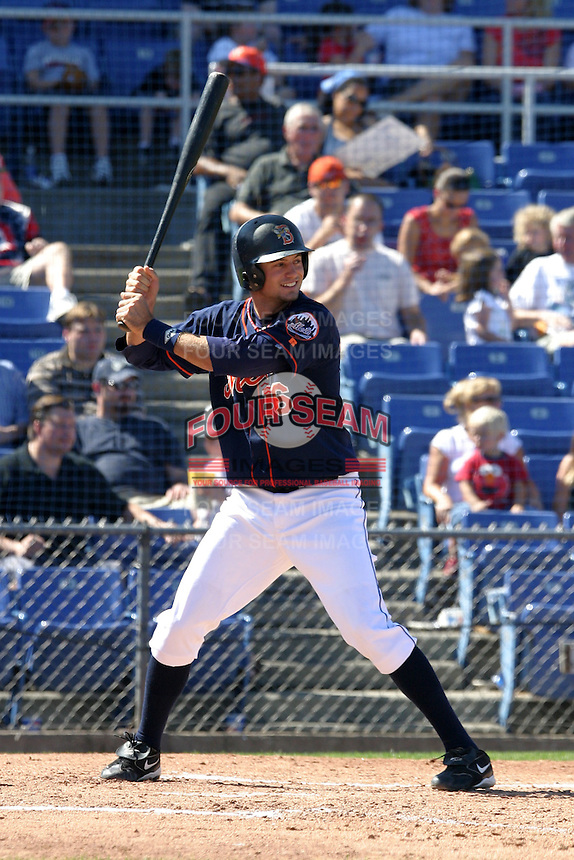 September 5, 2005:  Shortstop Corey Ragsdale of the Binghamton Mets during a game at Jerry Uht Park in Erie, PA.  Binghamton is the Eastern League Double-A affiliate of the New York Mets.  Photo by:  Mike Janes/Four Seam Images
