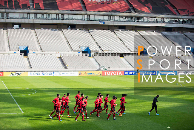 Players of FC Seoul warm up during a training session ahead of their AFC Champions League 2016 Semi Final match against Jeonbuk Hyundai Motors (KOR) at Seoul World Cup Stadium on 18 October 2016, in Seoul, South Korea. Photo by Victor Fraile / Power Sport Images