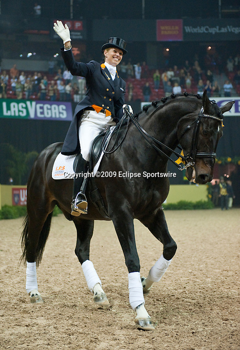 18 April 2009: Third place finisher Anky Van Grunsven (NED) and IPS Painted Black at the Rolex World Cup Dressage Freestyle Grand Prix.