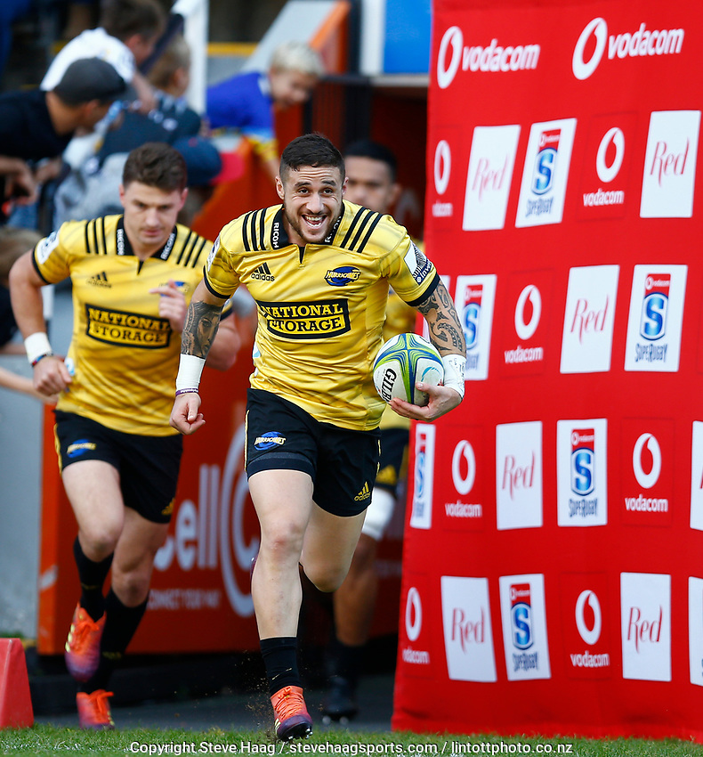 DURBAN, SOUTH AFRICA - JUNE 01: TJ Perenara leads the Hurricanes out during the Super Rugby match between Cell C Sharks and Hurricanes at Jonsson Kings Park Stadium in Durban, South Africa on Saturday, 1 June 2019. Photo by Steve Haag / stevehaagsports.com