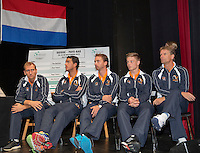 Switserland, Gen&egrave;ve, September 17, 2015, Tennis,   Davis Cup, Switserland-Netherlands, Draw, Dutch team Ltr: Thiemo de Bakker, Jesse Huta Galung, Matwe Middelkoop, Tim van Rijthoven and captain Jan Siemerink<br /> Photo: Tennisimages/Henk Koster