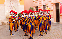 La banda musicale delle Guardie Svizzere si prepara per la cerimonia del giuramento Citta' del Vaticano, 6 maggio 2017.<br /> Pontifical Swiss Guards' musical band prepare to attend the swearing-in a ceremony at the Vatican, 6 May 2017.<br /> UPDATE IMAGES PRESS/Riccardo De Luca<br /> <br /> STRICTLY ONLY FOR EDITORIAL USE