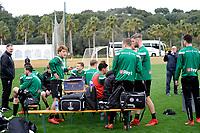 SOTOGRANDE  - Voetbal, Trainingskamp FC Groningen, seizoen 2017-2018, 09-01-2018,  drinkpauze met FC Groningen speler Ritsu Doan