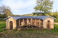 France, Côte-d'Or (21), Source-Seine, hameau de Blessey, le lavoir // France, Cote d'Or, Source-Seine, Blessey hamlet, lavoir
