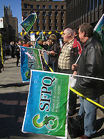 Montreal,(Qc) CANADA -May 5 2005  file photo -Public servants demontrate in front of Montreal Palais de Justice