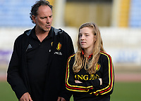 20180305 - LARNACA , CYPRUS :  Belgian assistant coach Kris Van Der Haegen (left) pictured with Elena Dhont (right) during a pitch recognition before women's soccer game between  the Belgian Red Flames  and Austria , on Monday 5 March 2018 at the GSZ Stadium in Larnaca , Cyprus . This is the third game in group B for Belgium during the Cyprus Womens Cup , a prestigious women soccer tournament as a preparation on the World Cup 2019 qualification duels. PHOTO SPORTPIX.BE | DAVID CATRY