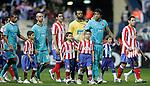 Atletico de Madrid's Maxi Rodriguez and FC Porto's Lucho Garcia lead their teams before UEFA Champions League match, February 24, 2009. (ALTERPHOTOS/Alvaro Hernandez).