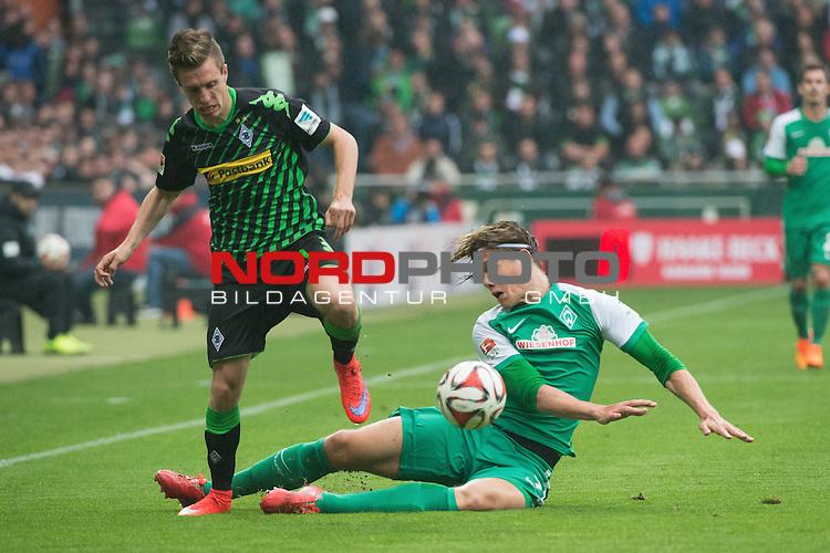 16.05.2015, Weser Stadion, Bremen, GER, 1.FBL. Werder Bremen vs Borussia Moenchengladbach, im Bild<br /> <br /> Patrick Herrmann (Borussia M&ouml;nchengladbach)<br /> Jannik Vestergaard  (Bremen #7)<br /> <br /> Foto &copy; nordphoto / Kokenge