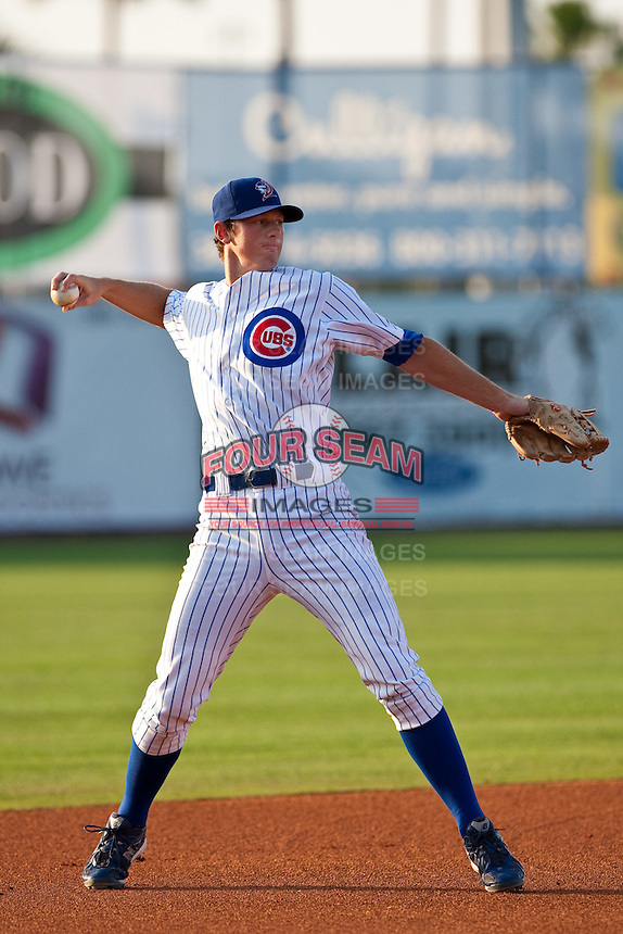 May 6 2010: DJ LeMahieu of the Daytona Cubs during a game vs. the Clearwater Threshers at Jackie Robinson Ballpark in Daytona Beach, Florida. Daytona, the Florida State League High-A affiliate of the Chicago Cubs, lost the game against Clearwater, affiliate of the Philadelphia Phillies, by the score of 4-1.  Photo By Scott Jontes/Four Seam Images
