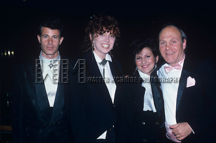 The Manhattan Transfer: Alan Paul, Cheryl Bentyne, Janis Siegel & Tim Hauser in New York City in 1988.