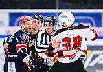 S&ouml;dert&auml;lje 2014-10-23 Ishockey Hockeyallsvenskan S&ouml;dert&auml;lje SK - Malm&ouml; Redhawks :  <br /> S&ouml;dert&auml;ljes Robert Carlsson i br&aring;k med Malm&ouml; Redhawks David Liffiton under matchen mellan S&ouml;dert&auml;lje SK och Malm&ouml; Redhawks <br /> (Foto: Kenta J&ouml;nsson) Nyckelord: Axa Sports Center Hockey Ishockey S&ouml;dert&auml;lje SK SSK Malm&ouml; Redhawks slagsm&aring;l br&aring;k fight fajt gruff