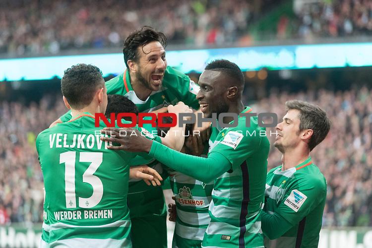 18.03.2017, Weser Stadion, Bremen, GER, 1.FBL, Werder Bremen vs RB Leipzig, im Bild<br />  2 zu 0 durch Florian Grillitsch (Werder Bremen #27) <br /> <br /> jubellauf mit der Mannschaft <br /> Milos Veljkovic (Bremen #13)<br /> Lamine San&eacute; / Sane (Bremen #26)<br /> Claudio Pizarro (Bremen #14)<br /> Fin Bartels (Bremen #22)<br /> Foto &copy; nordphoto / Kokenge