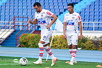 BARRANQUIILLA - COLOMBIA, 16-01-2019: Marlon Piedrahita  y Teofilo Gutierrez durante entrenamiento del Atlético Junior para iniciar la Liga Águila I 2019 jugado en el estadio Metropolitano Roberto Meléndez de la ciudad de Barranquilla. / Marlon Piedrahita and Teofilo Gutierrez during a traning session of Atletico Junior prior of the Aguila League I 2019 played at Metropolitano Roberto Melendez stadium in Barranquilla city.  Photo: VizzorImage/ Alfonso Cervantes / Cont