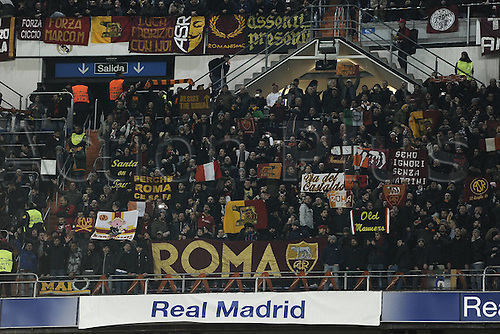 08.03.2016 Estadio Santiago Bernabeu, Madrid, Spain. UEFA Champions League Real Madrid CF versus AS Roma. Last 16 second leg match in Madrid. The supporters of Roma