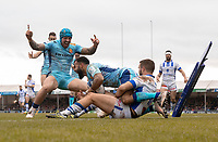 Exeter Chiefs' Tom O'Flaherty scores his sides fourth try with Exeter Chiefs' Jack Nowell celebrating<br /> <br /> Photographer Bob Bradford/CameraSport<br /> <br /> European Rugby Heineken Champions Cup Pool 2 - Exeter Chiefs v Castres - Sunday 13th January 2019 - Sandy Park - Exeter<br /> <br /> World Copyright © 2019 CameraSport. All rights reserved. 43 Linden Ave. Countesthorpe. Leicester. England. LE8 5PG - Tel: +44 (0) 116 277 4147 - admin@camerasport.com - www.camerasport.com