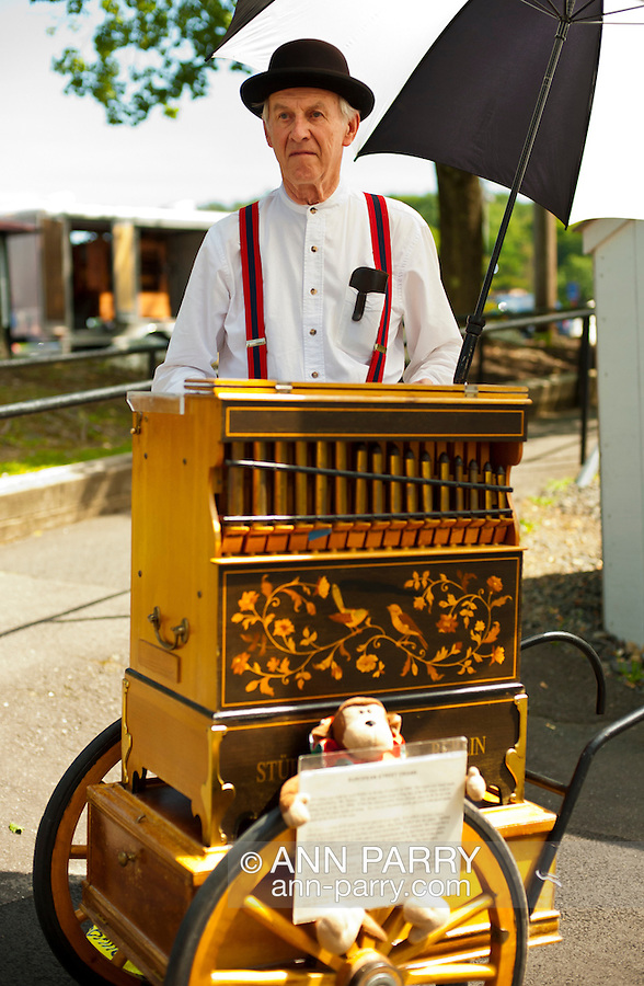 Organ Rally at Quassy Amusement Park, Connecticut, USA, August 2012