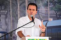 RIO DE JANEIRO, RJ, 14 DE JUNHO DE 2013 -PRESIDENTA DILMA NO PORTO MARAVILHA-RJ- O Prefeito Eduardo Paes na cerimônia de assinatura de contrato para construção e operação do veículo leve sobre trilhos (VLT) nas áreas central e portuária do Rio de Janeiro, na Zona Portuária Rio de Janeiro.FOTO:MARCELO FONSECA/BRAZIL PHOTO PRESS