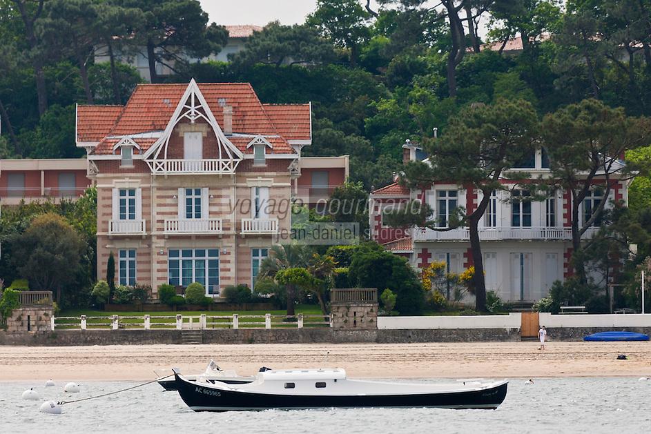 Europe/France/Aquitaine/33/Gironde/Bassin d'Arcachon/Arcachon: Villas du bord de mer