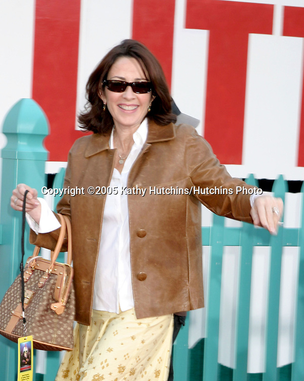 Patricia Heaton.Chicken Little Premiere.El Capitan Theater.Los Angeles, CA.October 30, 2005.©2005 Kathy Hutchins / Hutchins Photo
