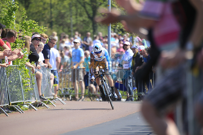 Hubert Dupont (FRA) AG2R La Mondiale in action during Stage 1 of the 2016 Giro d'Italia, an individual time trial of 9.8km around Apeldoorn, The Nethrerlands. 6th May 2016.<br /> Picture: Eoin Clarke | Newsfile<br /> <br /> <br /> All photos usage must carry mandatory copyright credit (&copy; Newsfile | Eoin Clarke)