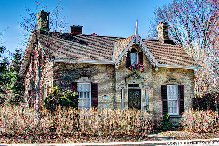 Saddy/ Mulberry House being designated as a heritage home.