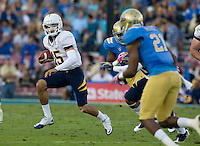 Zach Maynard of California runs the ball during the game against UCLA at Rose Bowl in Pasadena, California on October 29th, 2011.  UCLA defeated California, 31-14.
