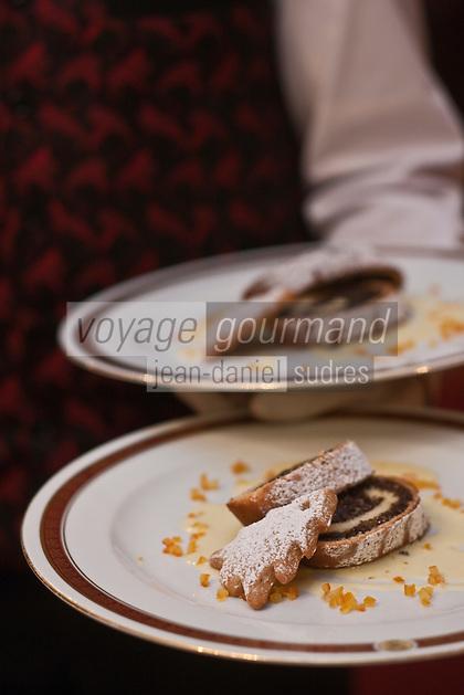 Europe/Voïvodie de Petite-Pologne/Cracovie:  Gâteau au pavot, au restaurant: Wierzynek