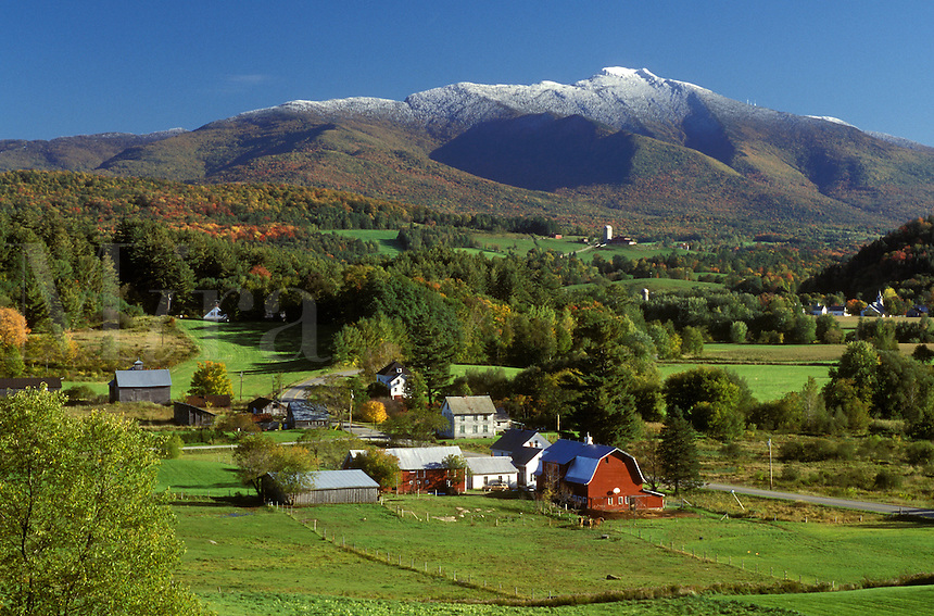 AJ1055, Vermont, Scenic view of Mt.Mansfield and the countryside of Cambridge in the fall. First snow on top of the mountain.
