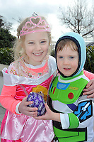 REPRO FREE: EASTER SUNDAY EGG HINT TRALEE:.Emma and Dara Sheehan from Kilgobnet, Beaufort pictured at the Cadbury Easter Egg Hunt in the Ballygarry House Hotel & Spa in Tralee on Easter Sunday..Picture by Don MacMonagle